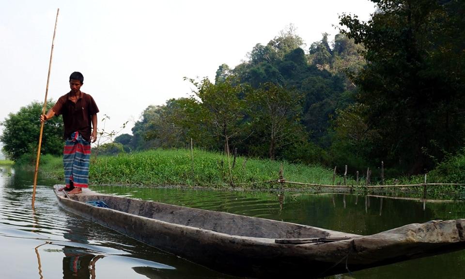 man wearing longyi in Myanmar