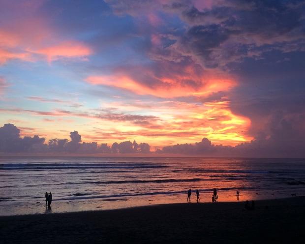 Sunset Canggu Batu Bolong