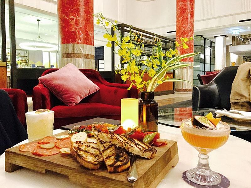 Primus Hotel Lobby Bar