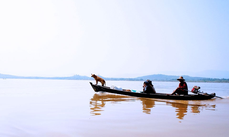 boat transport in Myanmar